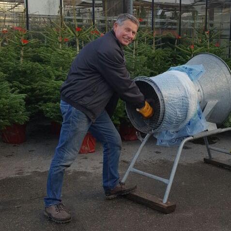 kerstboom kopen en verpakt meenemen bij Jonkheer Plantencentrum Hillegom